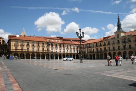 Cajas de cartón baratas en León