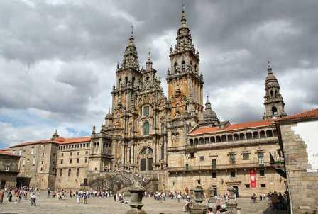 Cajas de cartón en Santiago de Compostela
